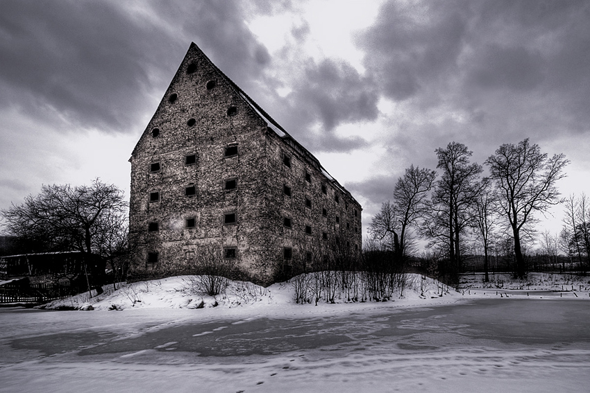 Old Slaughterhouse by AbandonedZone
