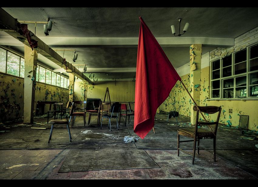 Childens of the Revolution by AbandonedZone