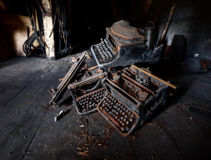 Dead Typewriters by AbandonedZone