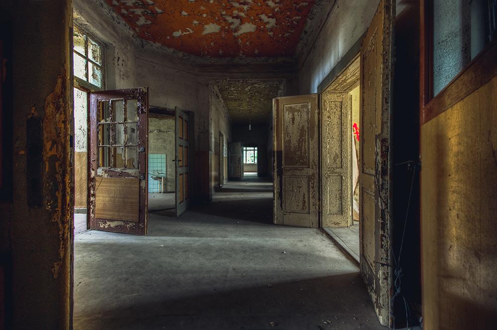 Doors by AbandonedZone
