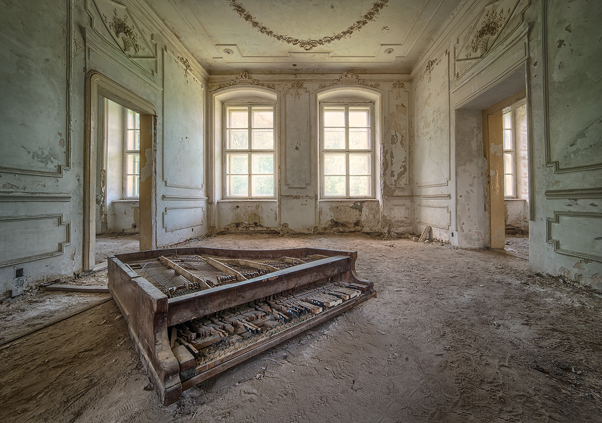 Echos of Beauty by AbandonedZone