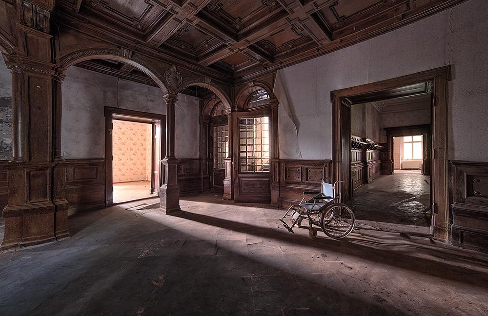 Wheelcars House by AbandonedZone