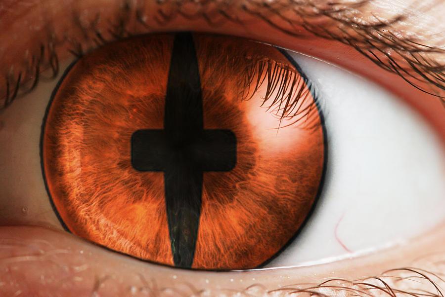 Kyuubi Eye Cont...