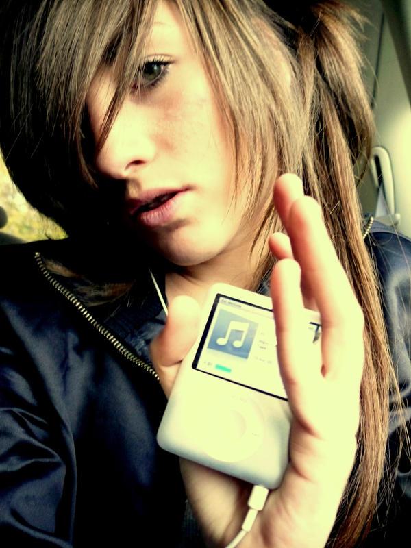 iPod by Milk cream - ` Her TeLden Kar���k G�zel Avatarlar ...