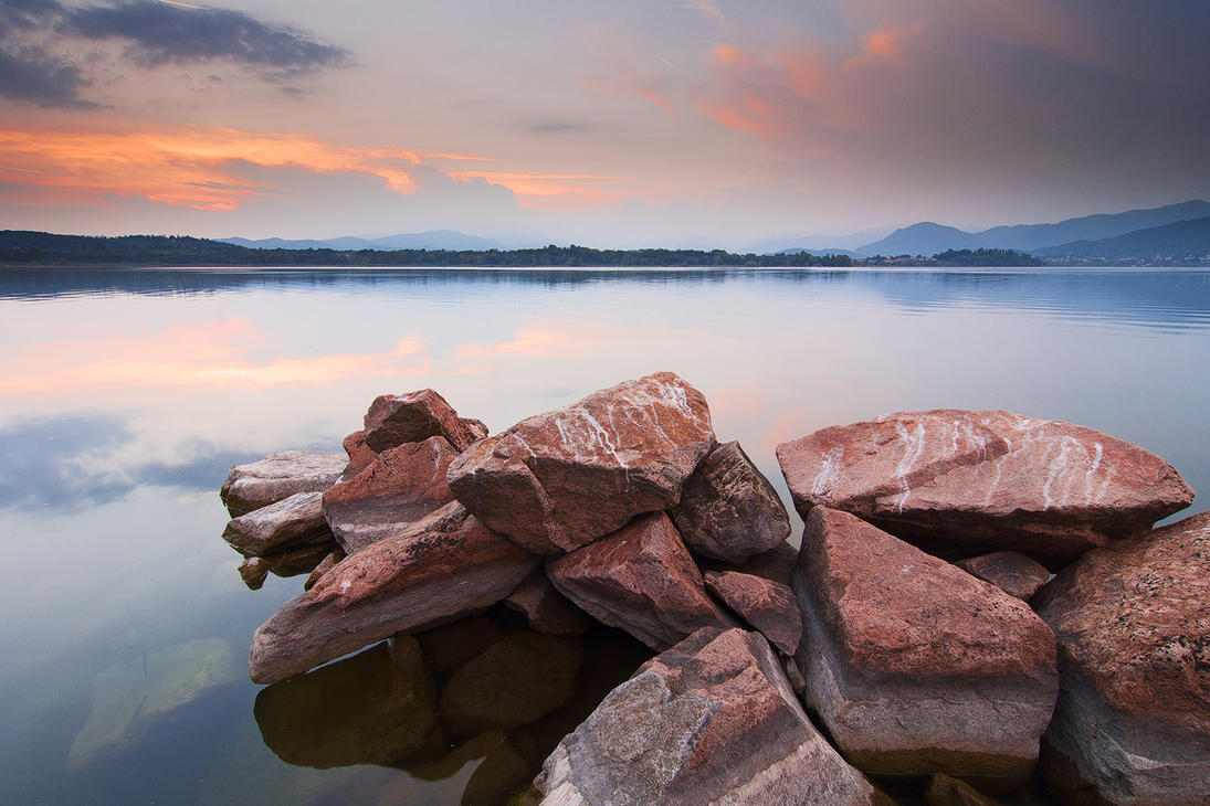 Varese Lake Sunset by jimitux