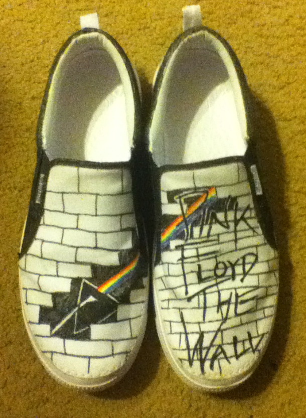 Pink Floyd The Wall/Dark Side of the Moon Shoes by flamestar442 on ...