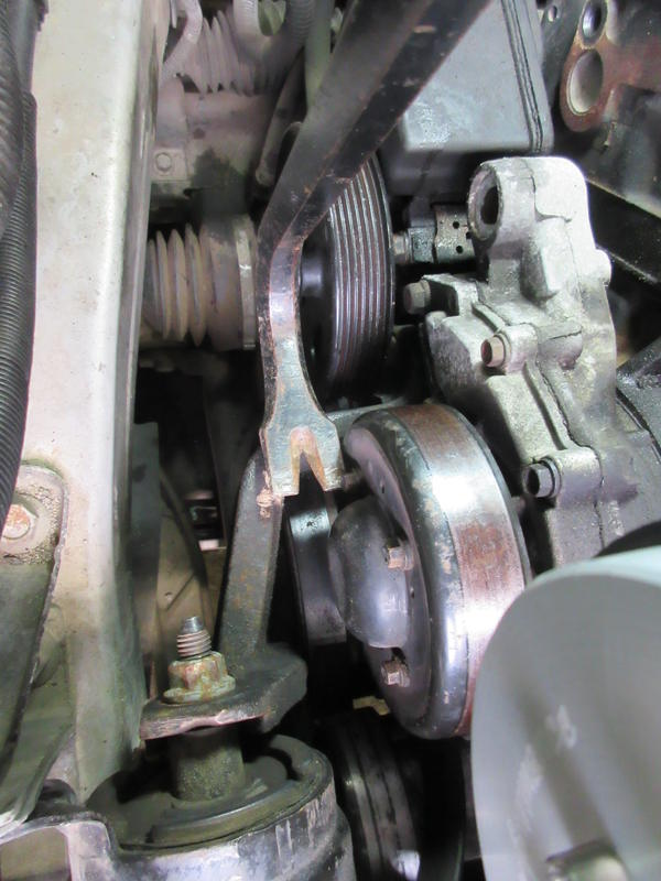 Write-Up: Replacing Accessory Belt Tensioner - Page 3 Y5xkla9o