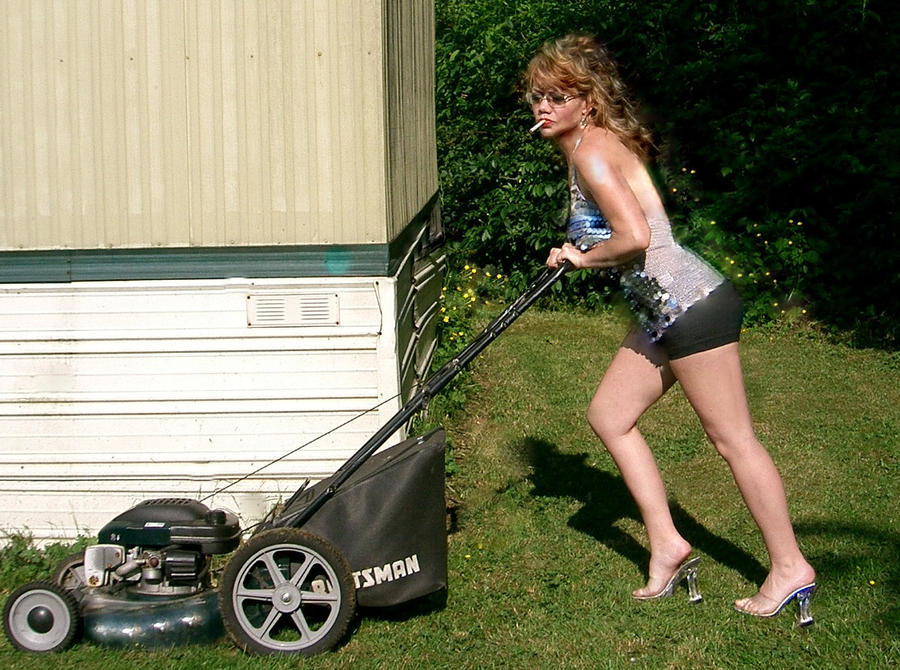 Opinion naked woman on riding lawnmower agree