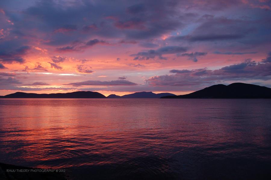 Sunset by RaijuTheory