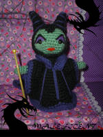 Maleficent amigurumi by elbuhocosturero