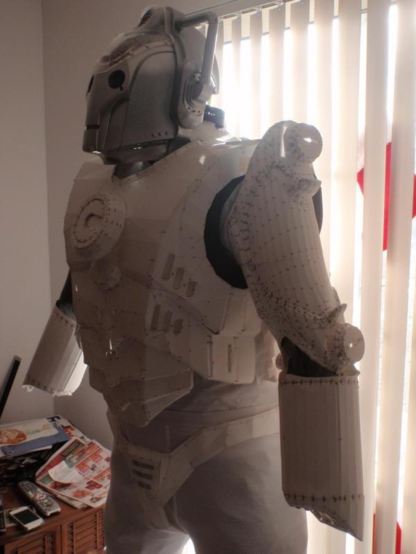 Cyberman Pepakura by MelicoreStudios