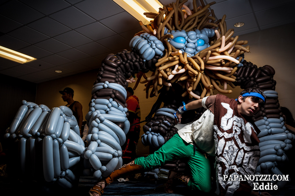 Balloon Shadow of the Colossus Cosplay by NoOrdinaryBalloonMan