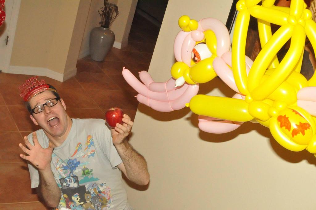 Flutterbat Balloon Attack by NoOrdinaryBalloonMan