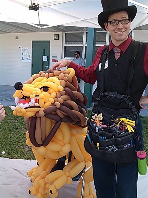 Balloon Lion by NoOrdinaryBalloonMan