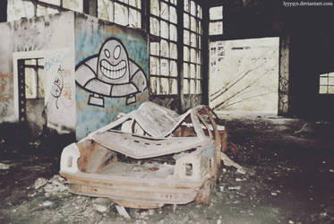 Abandoned VII by lyyy971