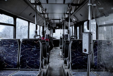 Last bus by lyyy971