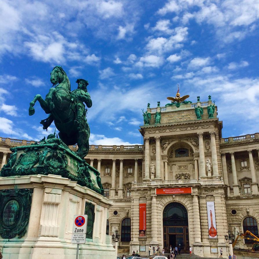 Grab a walk in Vienna by Dsandell