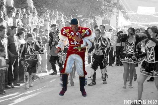 Danza boliviana en Honduras.
