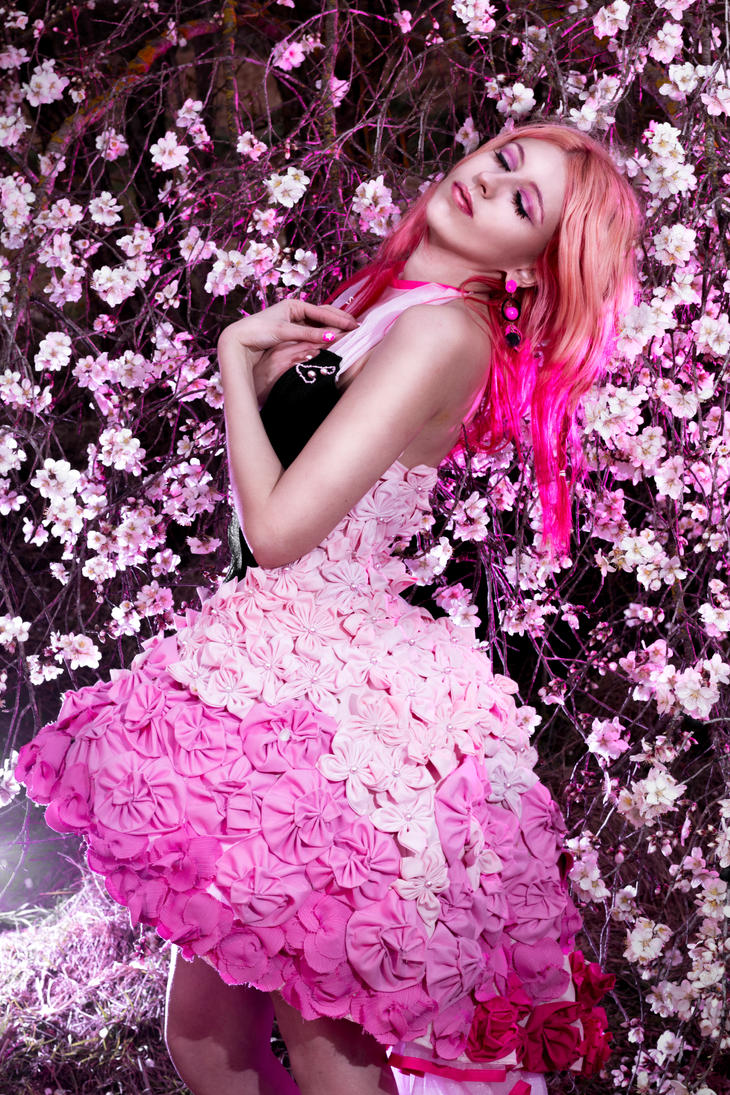 pink 1 by Lucy-Dark-Dreams