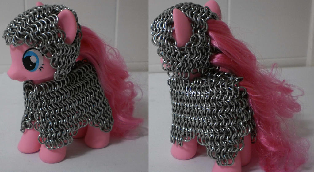 Pinkie pie in chain mail with coif by Gruntoks