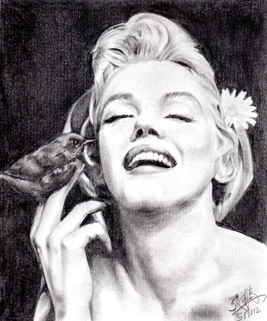 Pencil portrait of Marilyn Monroe by chaseroflight