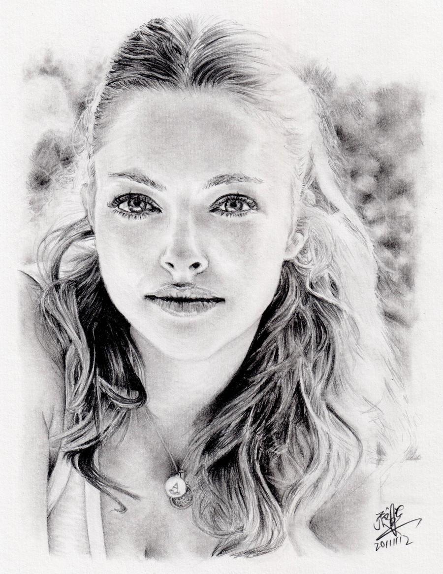 Pencil portrait of Amanda Seyfried