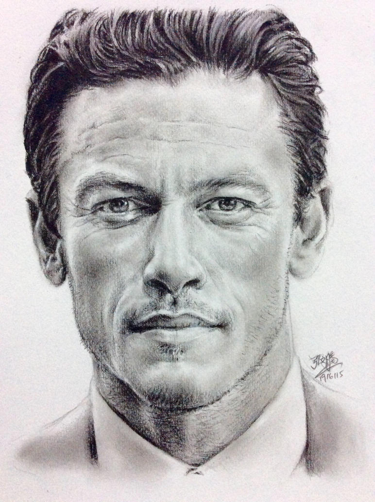 Pencil drawing of Luke Evans by chaseroflight