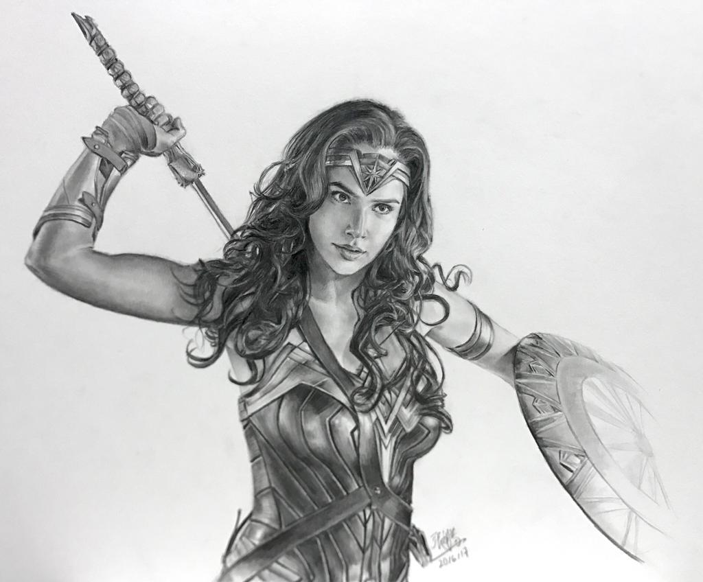 Pencil drawing of Wonderwoman by chaseroflight