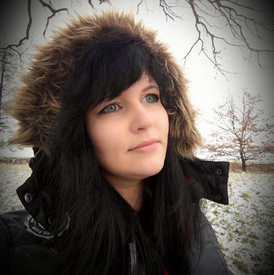 Me Winterseason by Artistic-Sarah