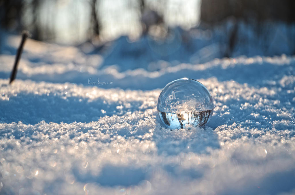 Snow ball by keillly