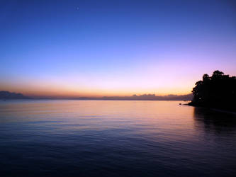 Morning in Wai Oti Beach by banditperantau