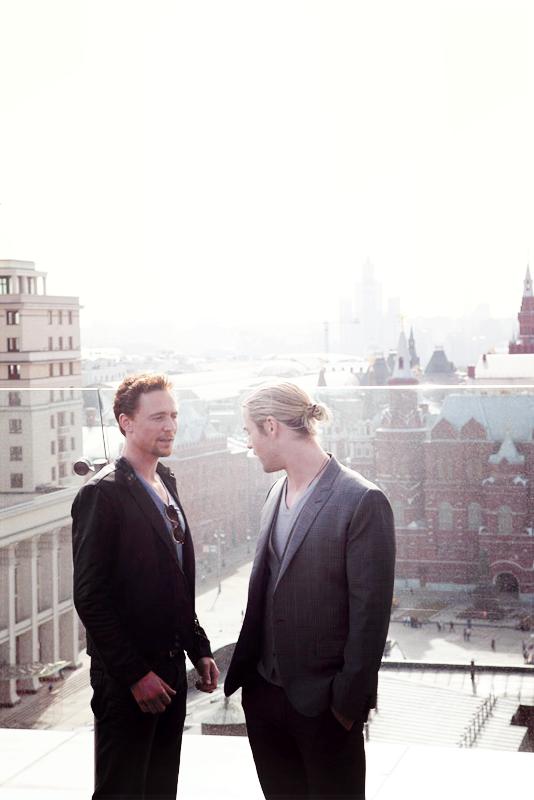 Tom Hiddleston and Chris Hemsworth by chiaratippy on ...