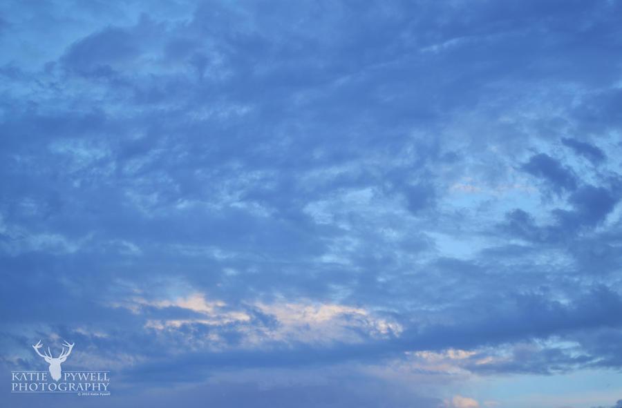 Vibrant Sky by Lady---Vengeance