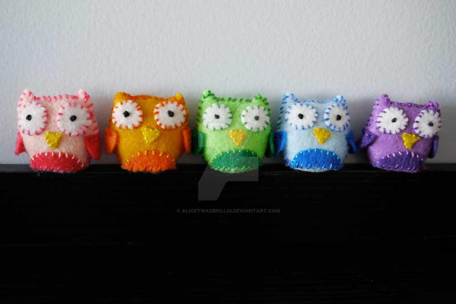Lucky Pocket Owls by alicetwasbrillig