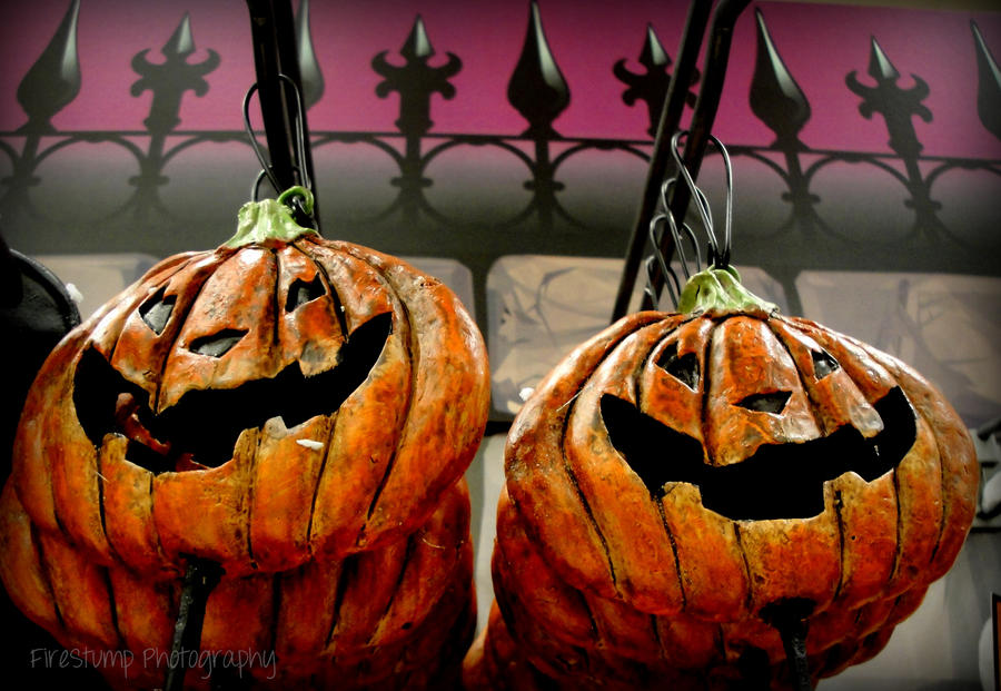 Pumpkin Garden Stakes by FireStump