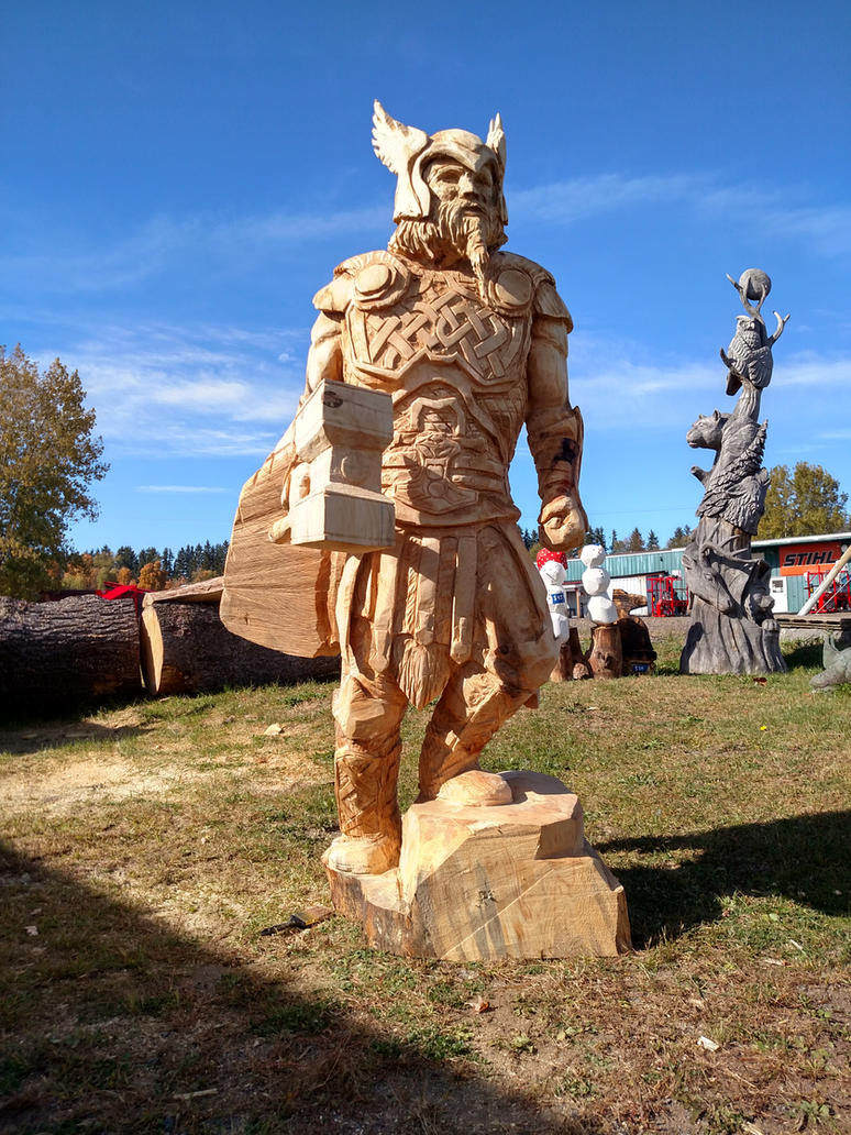 7ft chainsaw carved Thor by jackaburl
