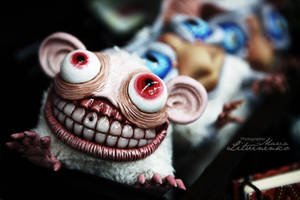 slightly toothy by Santani