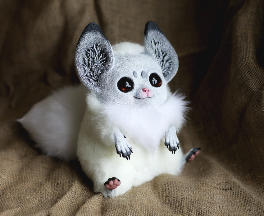 Inari Foxes: Platina by Santani