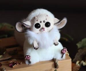 Inari Fox: White with horns