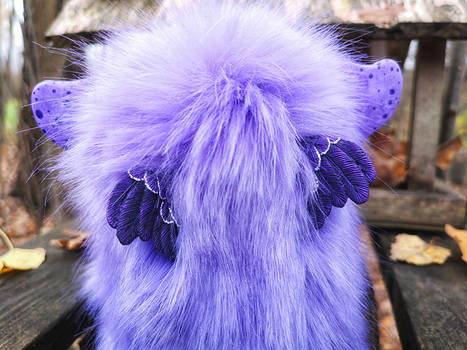Sowl mini: Purple-blue unicorn (from the back)