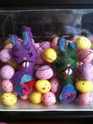 Zombie Easter bunnies by Kittychan2005