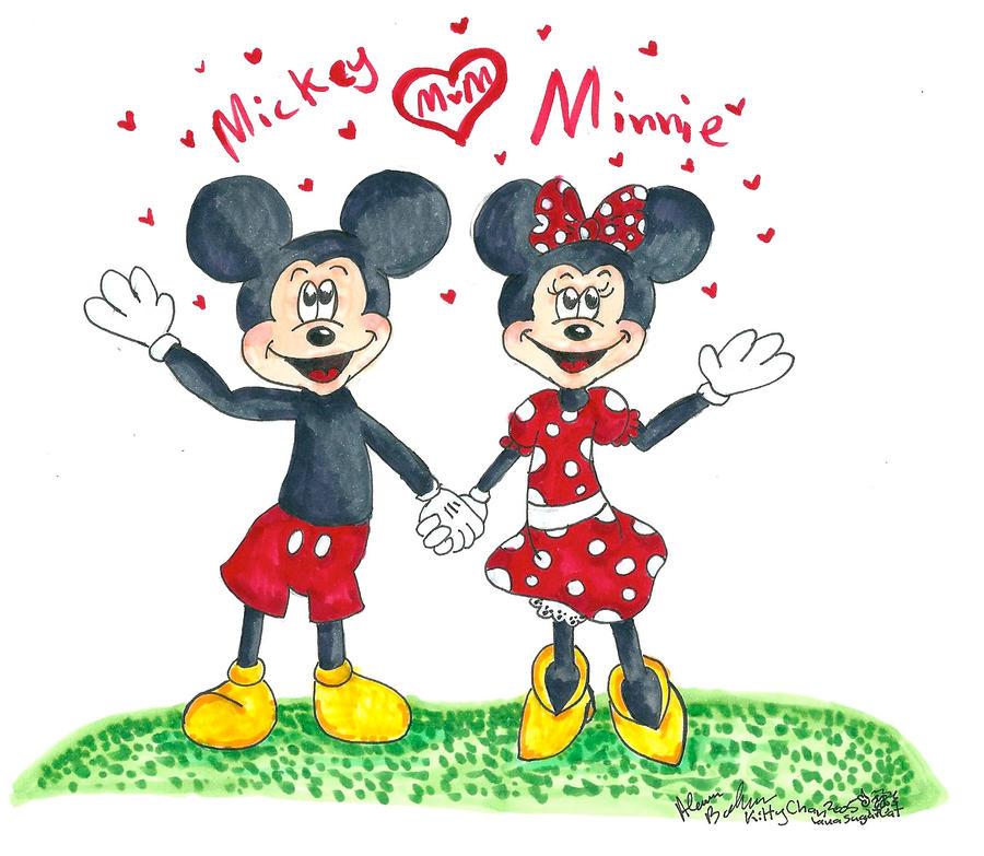 Minnie Mouse Tour Bus