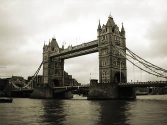 London Bridge by Sn3AKY