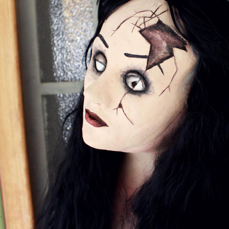 Broken Doll by SometimesAliceFX