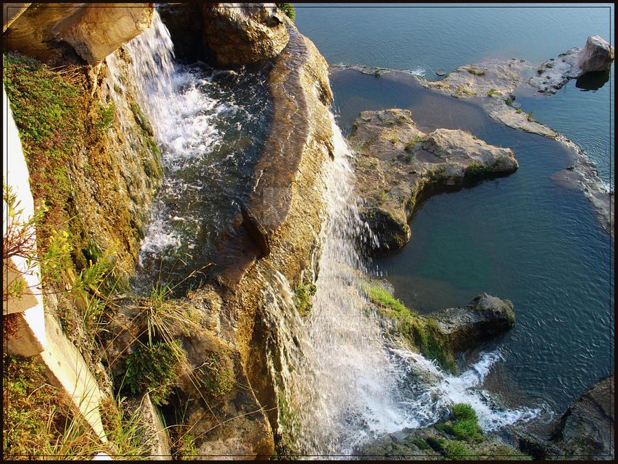 Cascade by Lady-Kiwi