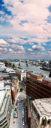 the thames by tweeny
