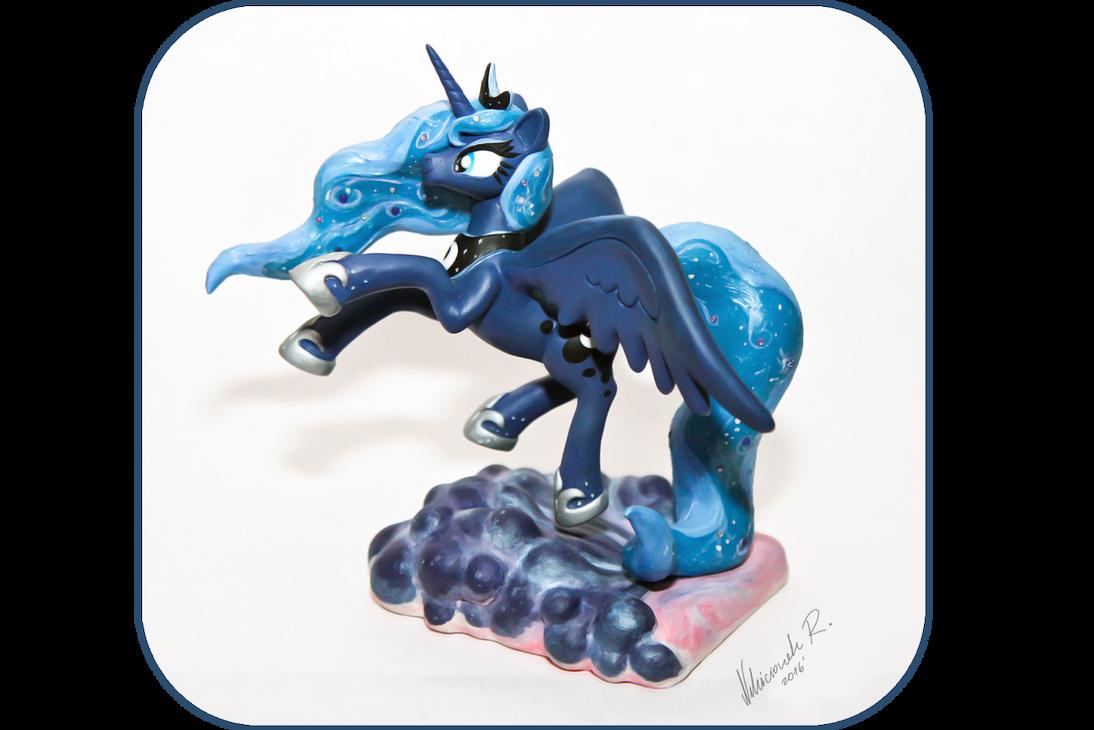 Princess Luna Sculpture by Arnne