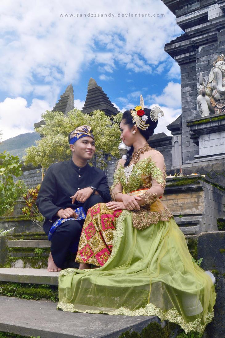 Balinese Style by SandzzSandy