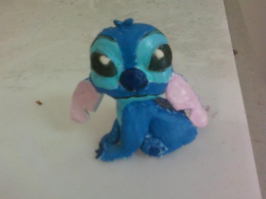 Stitch by mandyblue