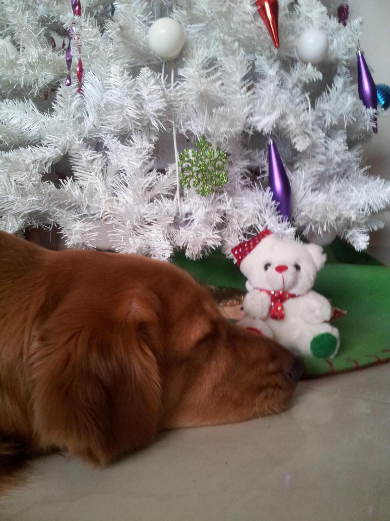 Golden Christmas by mandyblue